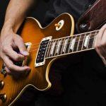 ۱۲ نکته مهم برای یادگیری بهتر نواختن گیتار الکتریک (از سری ۵۰ نکته)