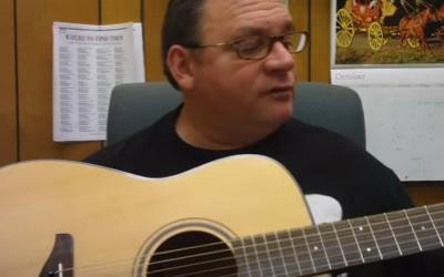 https://www.chordbuddy.com/wp-content/uploads/2016/10/guitar-condition-tips4.jpg