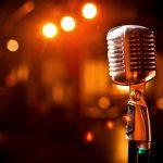 10 شعر فوق العاده زیبا برای تمرین خوانندگی شما