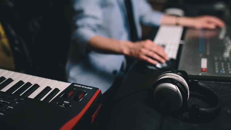 اصول آهنگسازی حرفه ای