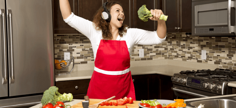 C:\Users\user\Downloads\woman-singing-into-food.png